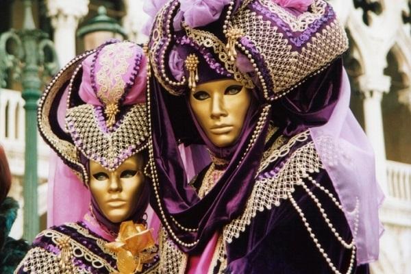 Kαρναβάλι: κρυφτείτε πίσω από μια μάσκα!!