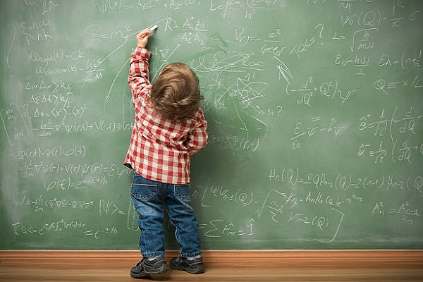 Οι αριστερόχειρες είναι καλύτεροι από τους δεξιόχειρες στα μαθηματικά