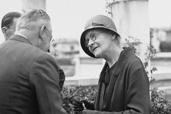 Η ερωτική περιπέτεια της Μαρία Κιουρί με τον μαθητή του άντρα της που εξόργισε τη Γαλλία!!