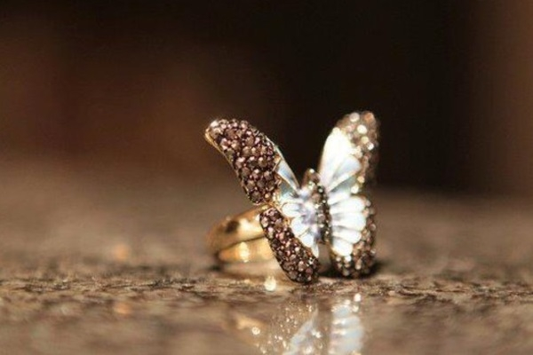 Η αξία σου πολύτιμο διαμάντι!!