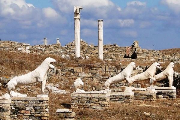Δήλος – Η ιερή πατρίδα του Απόλλωνα