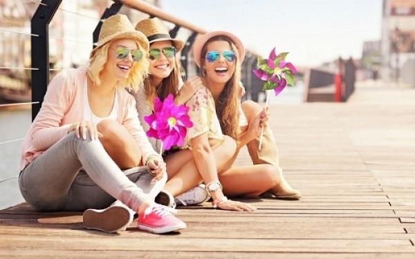 Πόσους καλούς φίλους «αντέχει» ο εγκέφαλός μας;