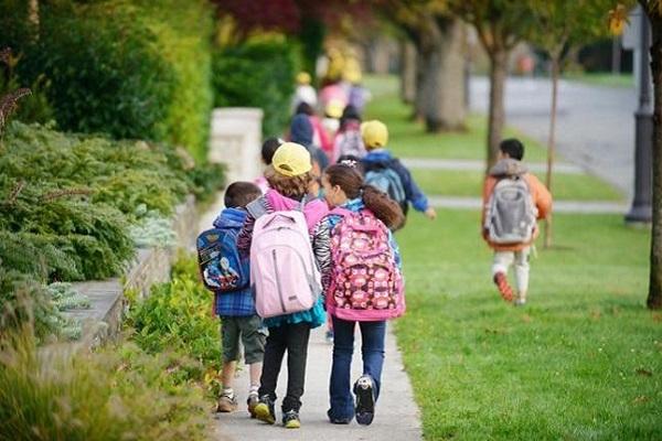 Πώς θα πηγαίνουν τα παιδιά με ασφάλεια στο σχολείο;